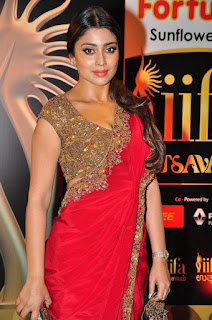 Actress Shriya Saran Latest Pictures in Red Saree at IIFA Utsavam Awards 2016  25283)