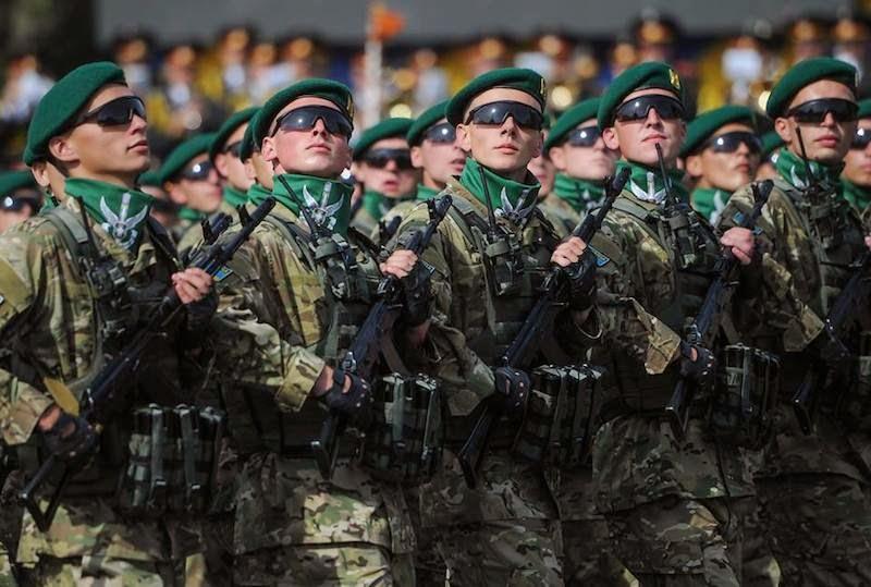 Україна відсвяткувала День Незалежності. З нагоди свята на Майдані Незалежності було проведено військовий парад