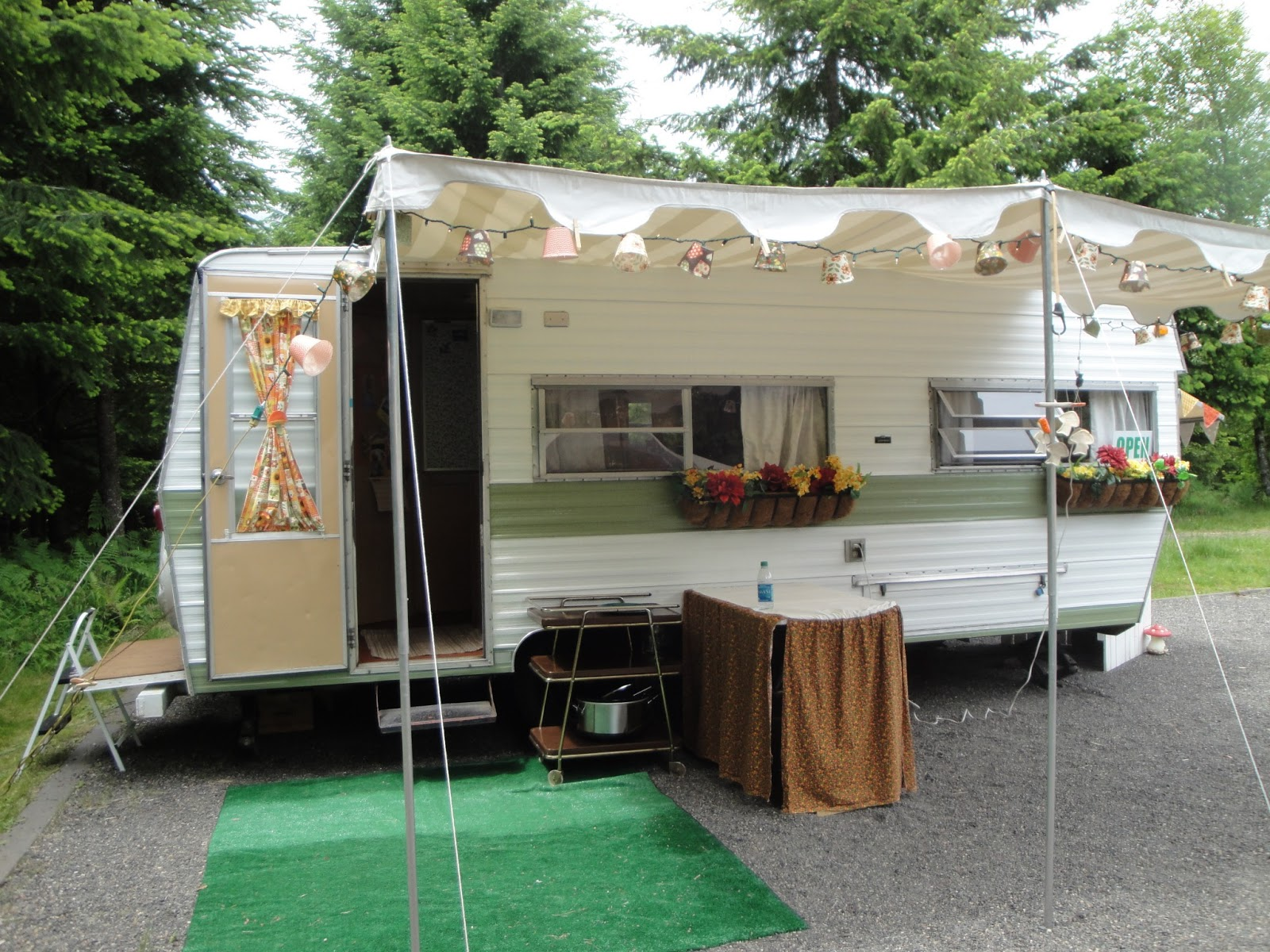 La Dee Dah My Vintage Trailer And Other Obsessions