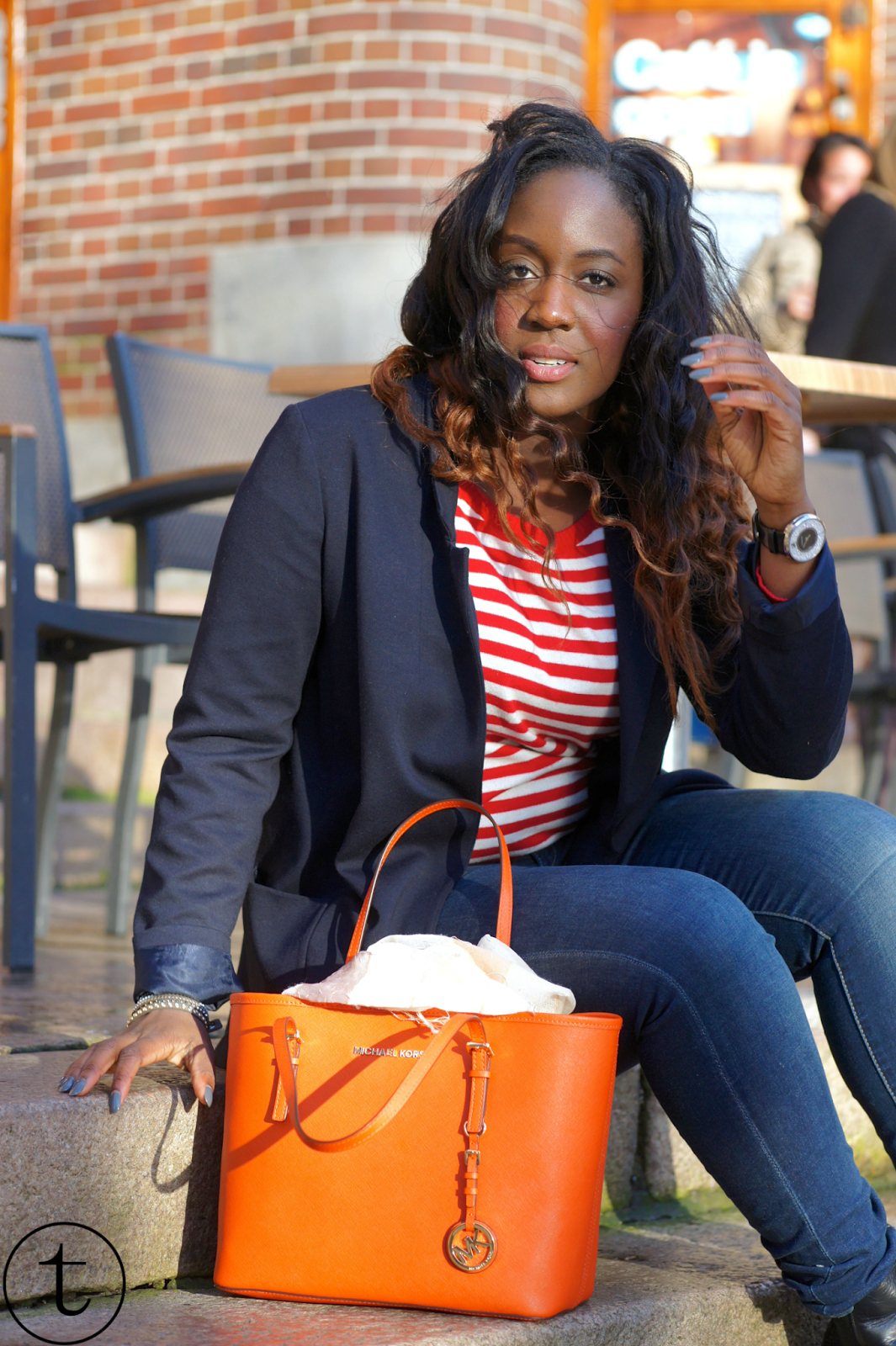 outfit wearing blue zara blazer and orange michael kors bag