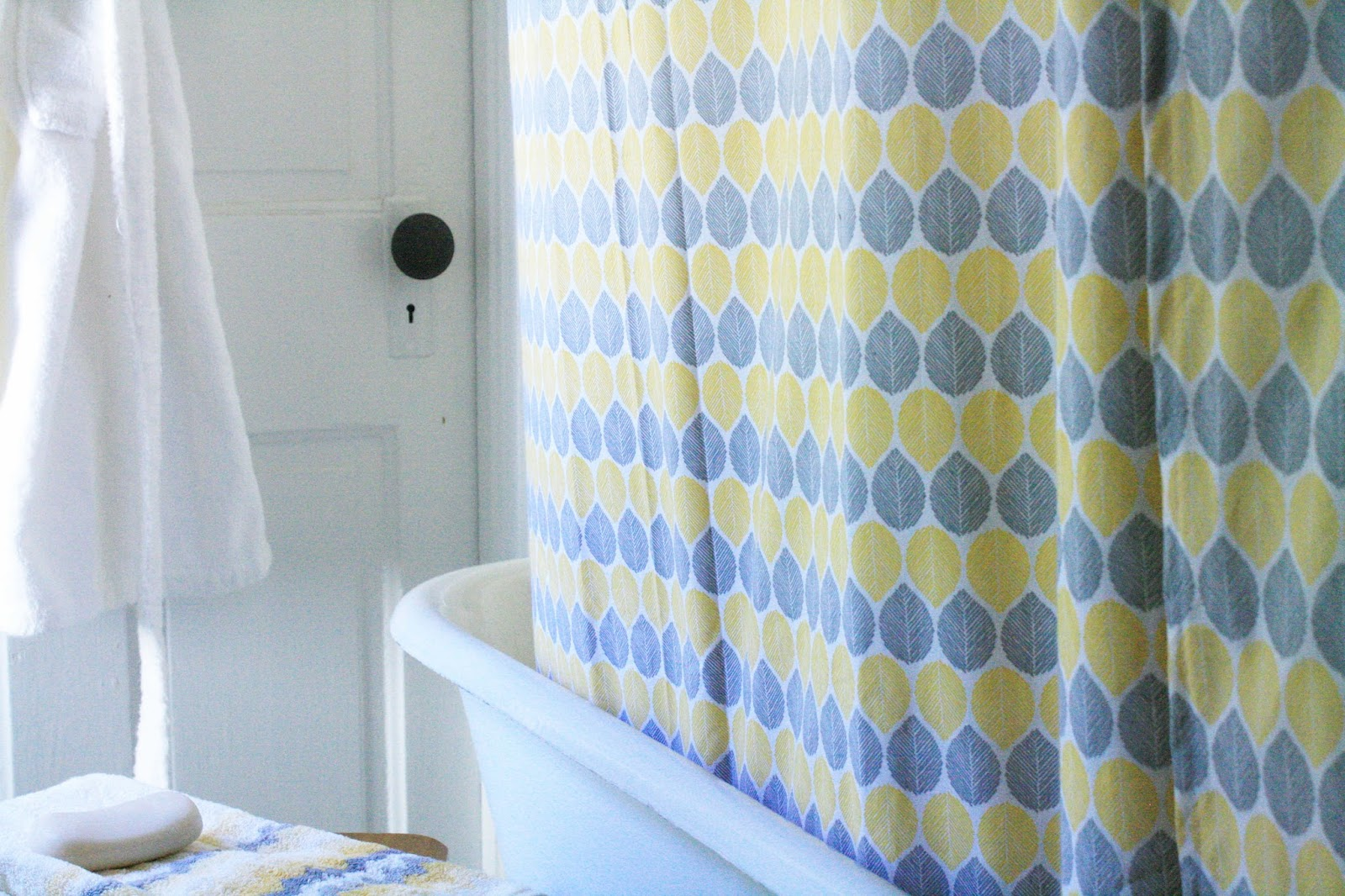 Crane concept diy sheets to shower curtain for Do shower curtains come in different lengths