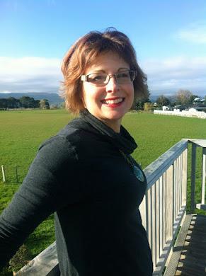 Dr. Wendy Maddocks (RN, DHlthSc)