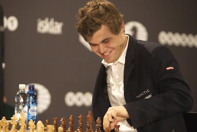Magnus Carlsen en el Campeonato del Mundo de Ajedrez Rápido