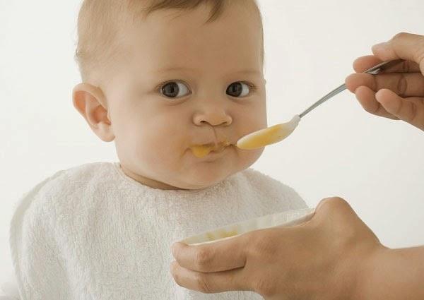 Dầu dừa tinh khiết trong khẩu phần ăn của trẻ