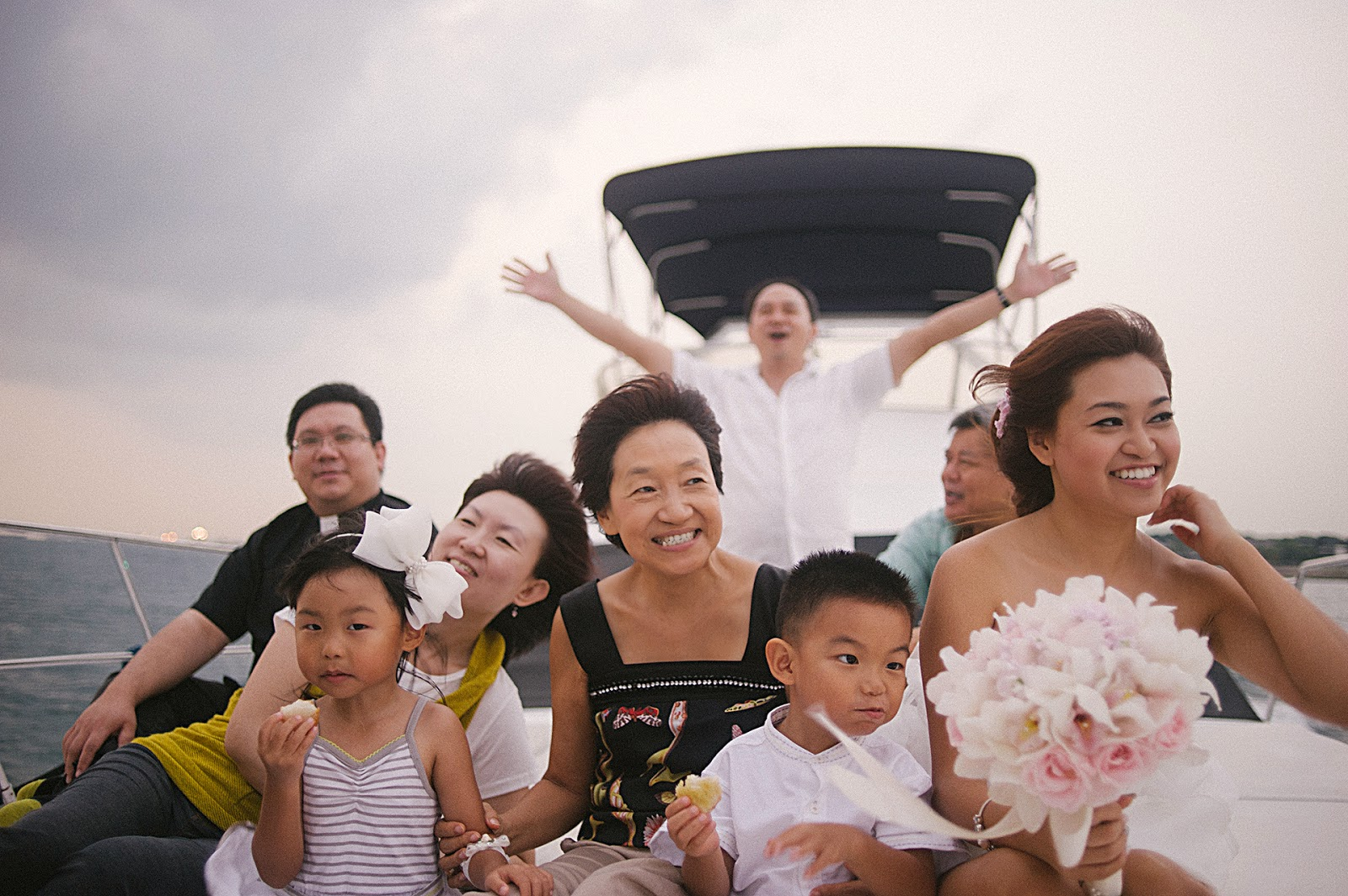 wedding photography singapore yacht 08