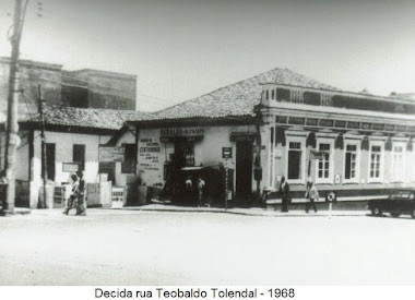 CASARAO ESQUINA THEOBALDO TOLENDAL