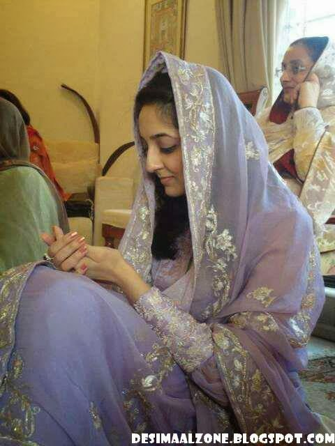 Newely Married Beautiful Girls From Lahore