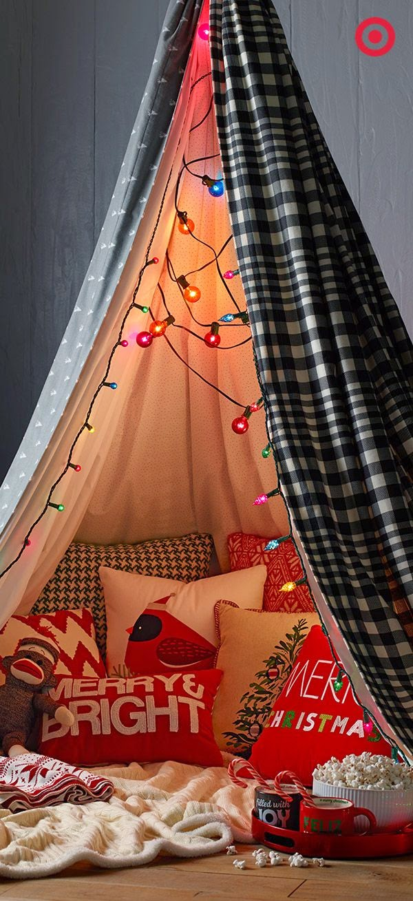 ♥ ♫ ♥ What's Santa Glamping, you ask? It's glamour, meets camping, meets Santa's big night. Pitch a cozy comforter, toss in some Christmas pillows, string some lights and grab some goodies to eat. Fill it with some mischievous kids waiting to catch Santa in the act. ♥ ♫ ♥