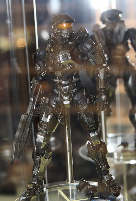 Square Enix Play Arts 2013 Toy Fair Display - HALO 4 Master Chief