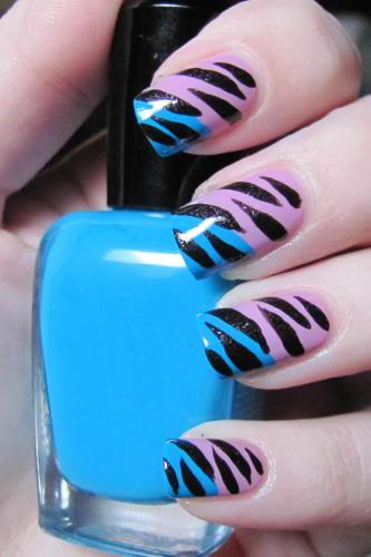 Black Striped Clear Nail Art