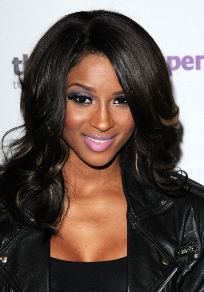 Ciara Shoulder Length Hairstyles Medium