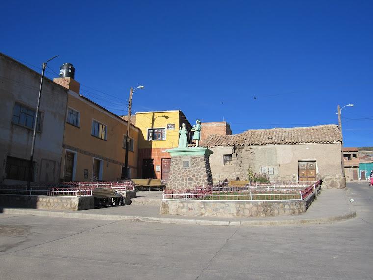 Plaza Tito Yupanqui - Potosí