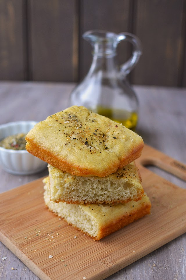 Easy No-Fuss Foccacia