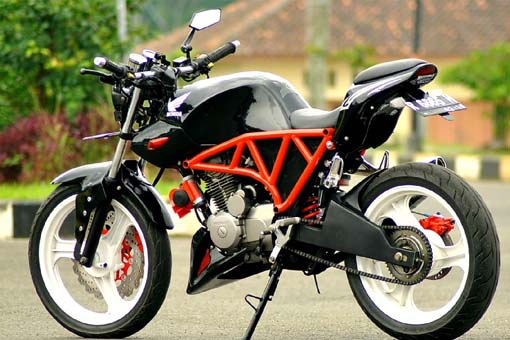 Modifikasi Honda Mega Pro Streetfighter title=