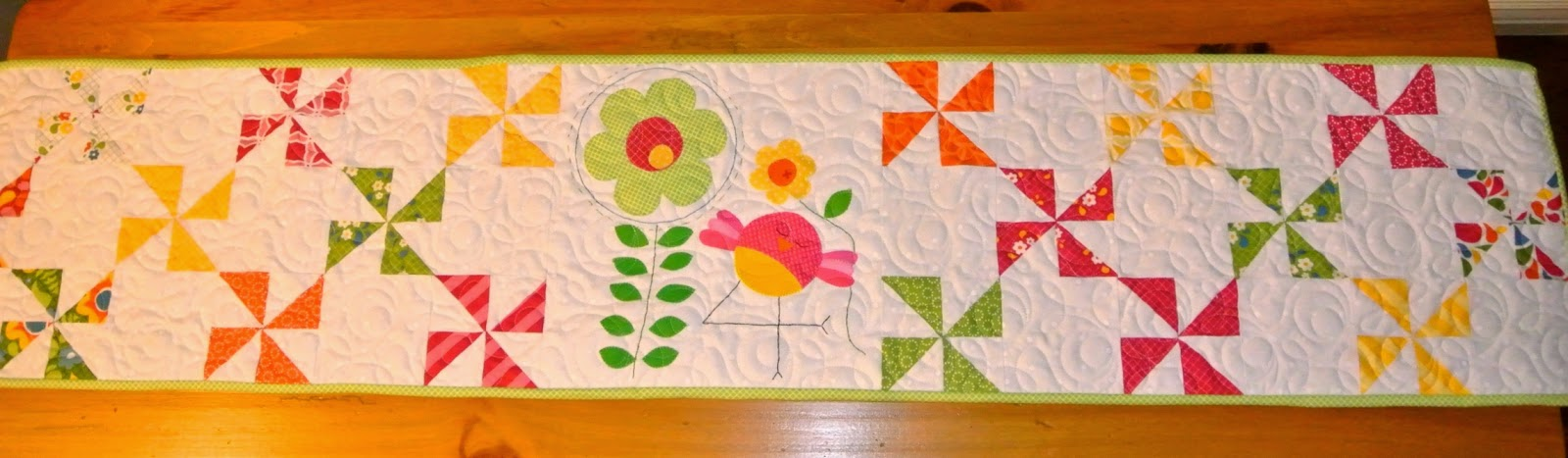 meags and me quiltmaker 100 blocks spring table runner
