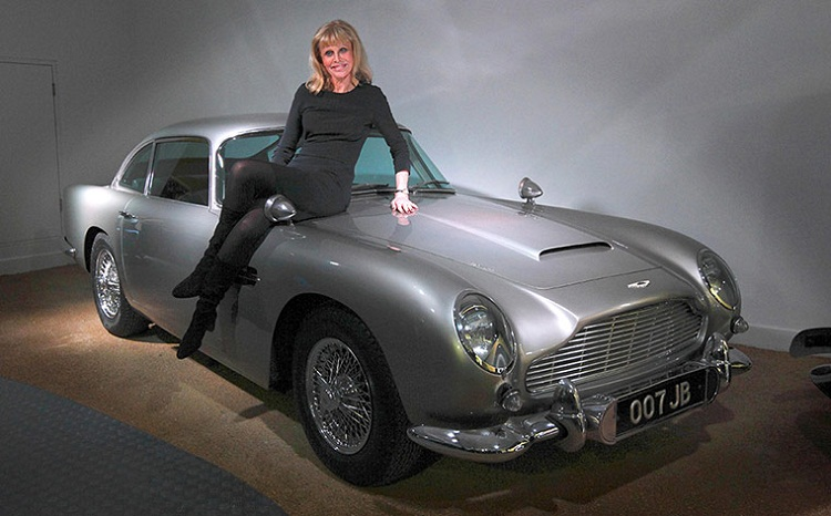 Pix Grove James Bond Cars On Display At Beaulieu
