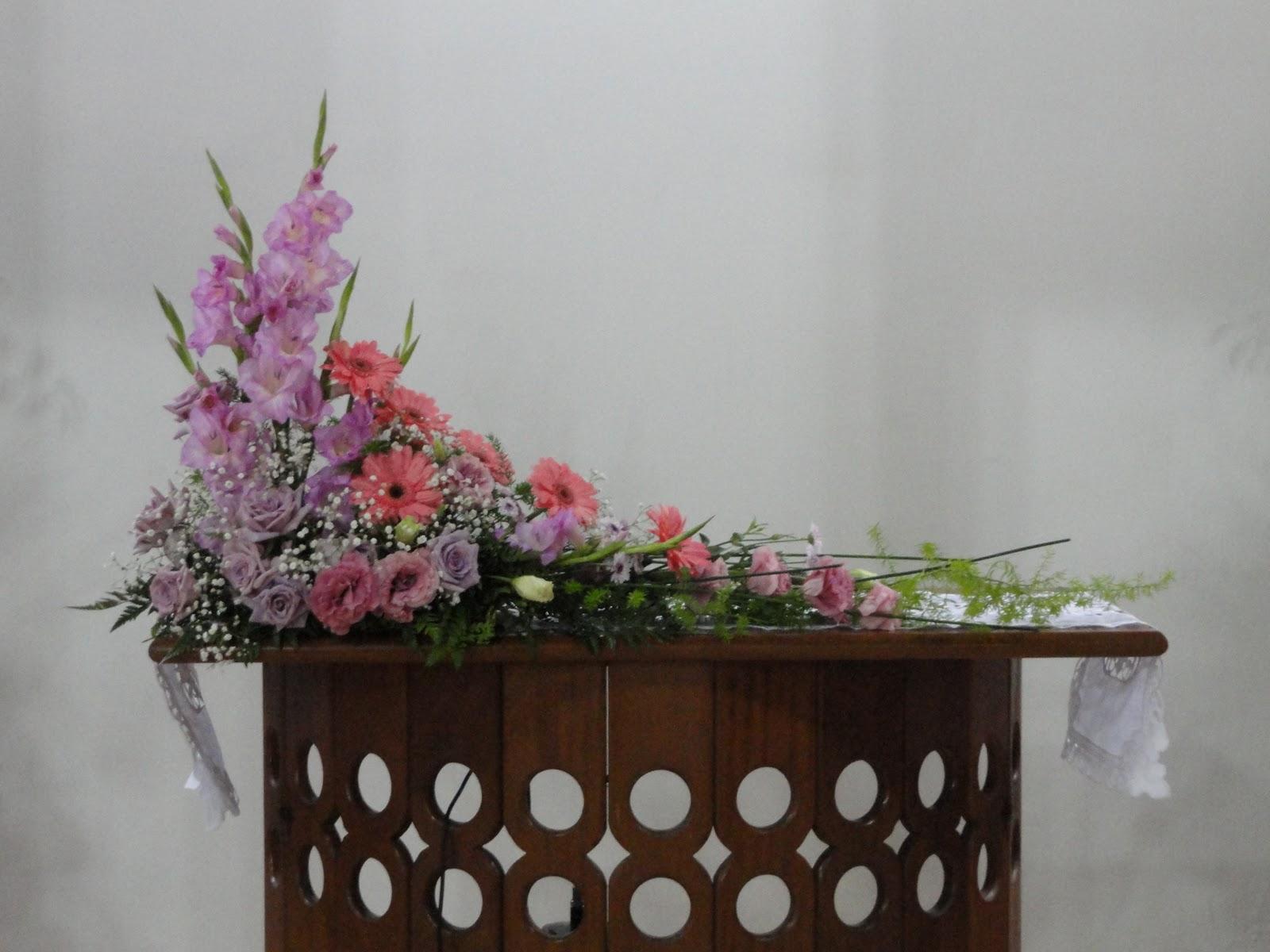arranjos de flores naturais da igreja crista  - Fotos De Arranjos De Flores Icm
