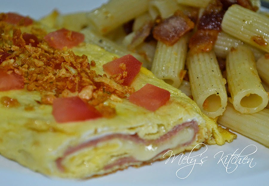 Ham and Cheese Omelette - Mely\'s kitchen