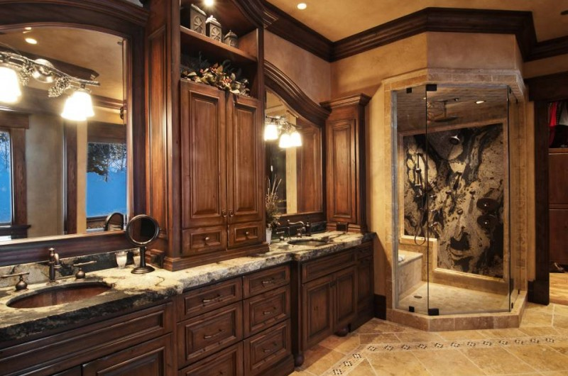 Passion for luxury noteworthy one hawkeye place for sale for Show me pictures of remodeled bathrooms