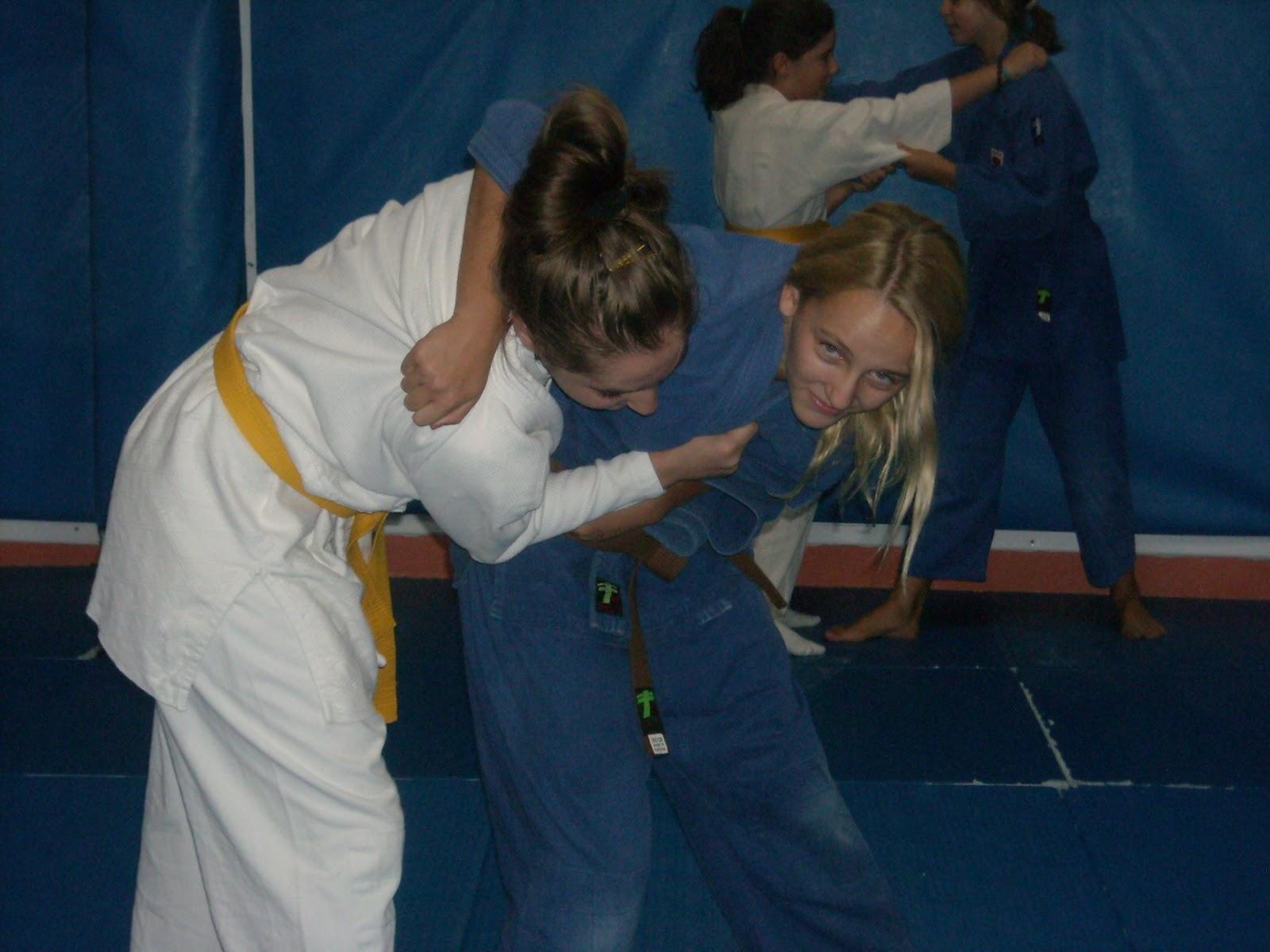 Contreras digital comienzan los cursos de judo en el cd - Maderas moral jaen ...