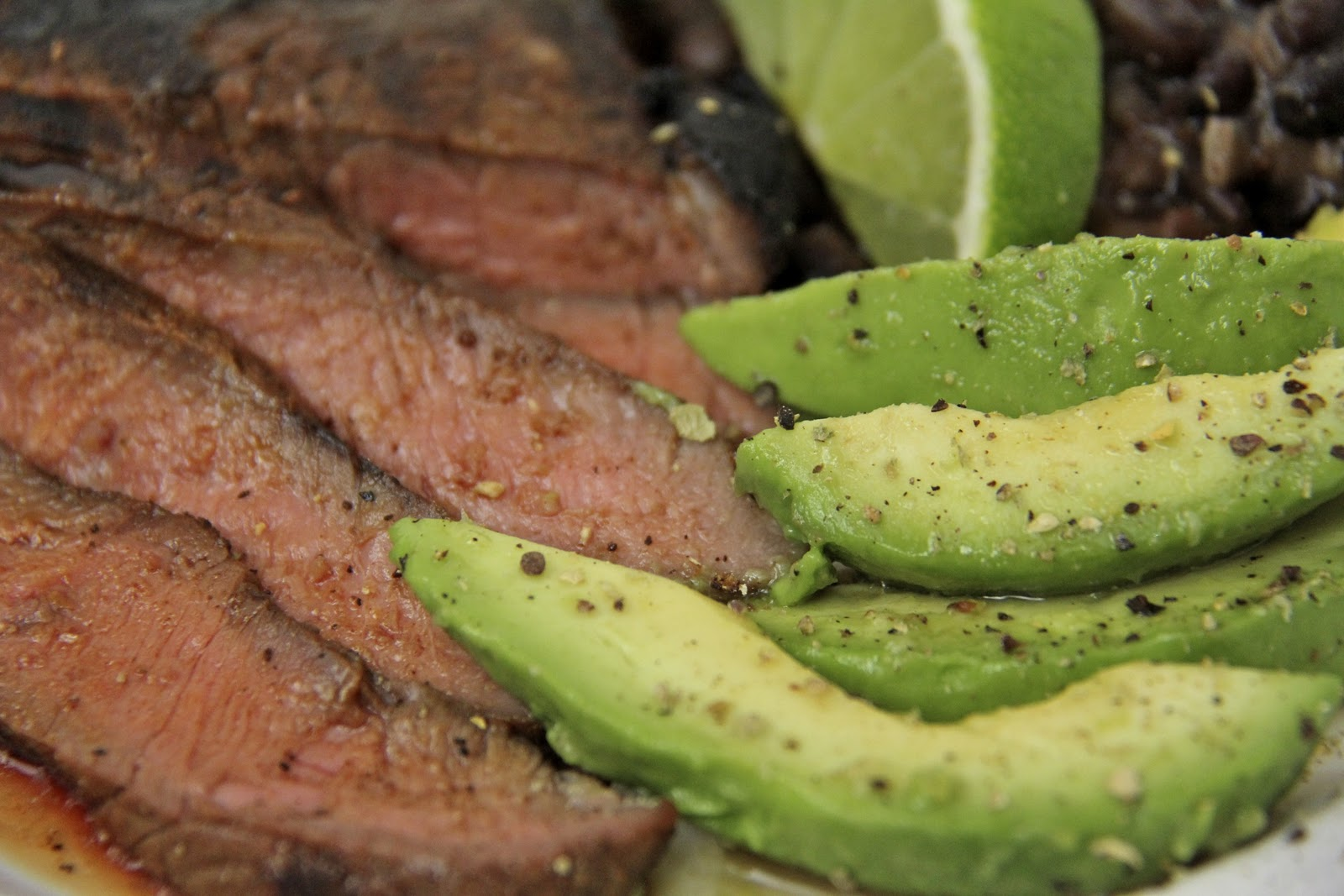 how to eat carne asada