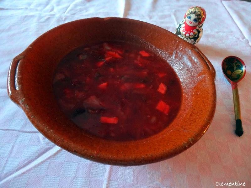 le blog de clementine bortsch soupe russe aux betteraves. Black Bedroom Furniture Sets. Home Design Ideas