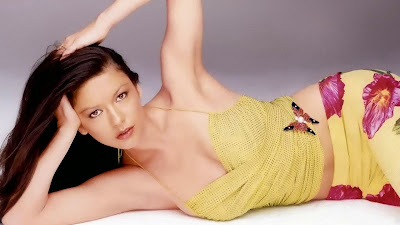 Wallpaper Catherine Zeta Jones Hot