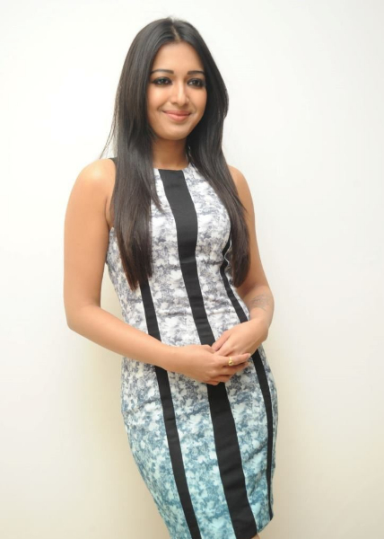Actress Catherine Tresa