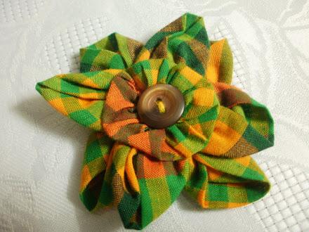 Broche de Fleur Madras