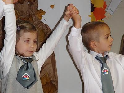 Szkoła, pierwszoklasista, sześciolatek w szkole, ślubowanie pierwszoklasistów, pasowanie na ucznia, edukacja XXI wieku