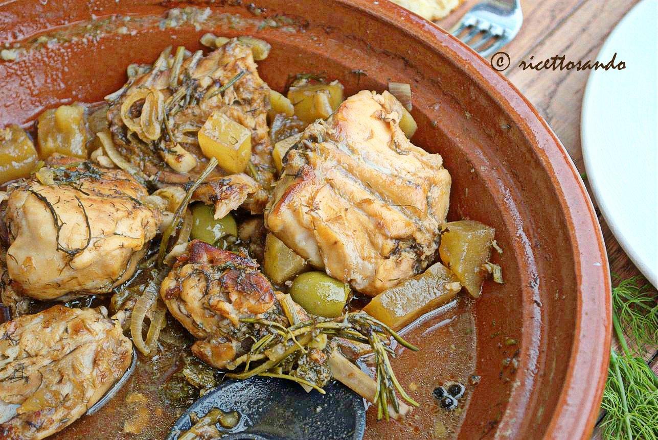 Coniglio al finocchietto selvatico ricetta di carne bianca cotta in tajine