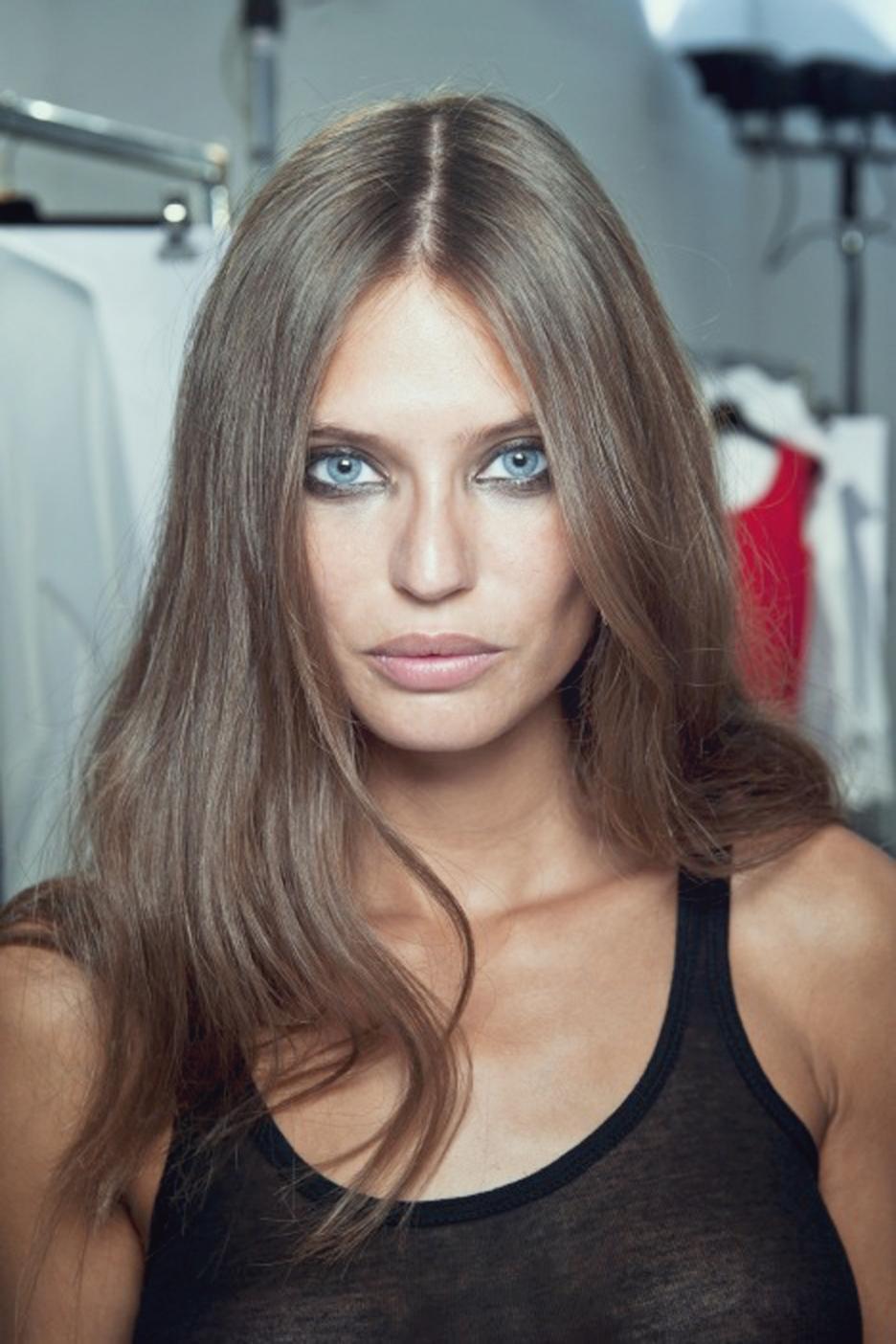 People - Bianca Balti Mila Kunis Makeup