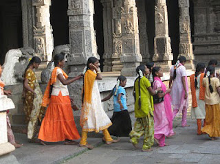 India tours dress