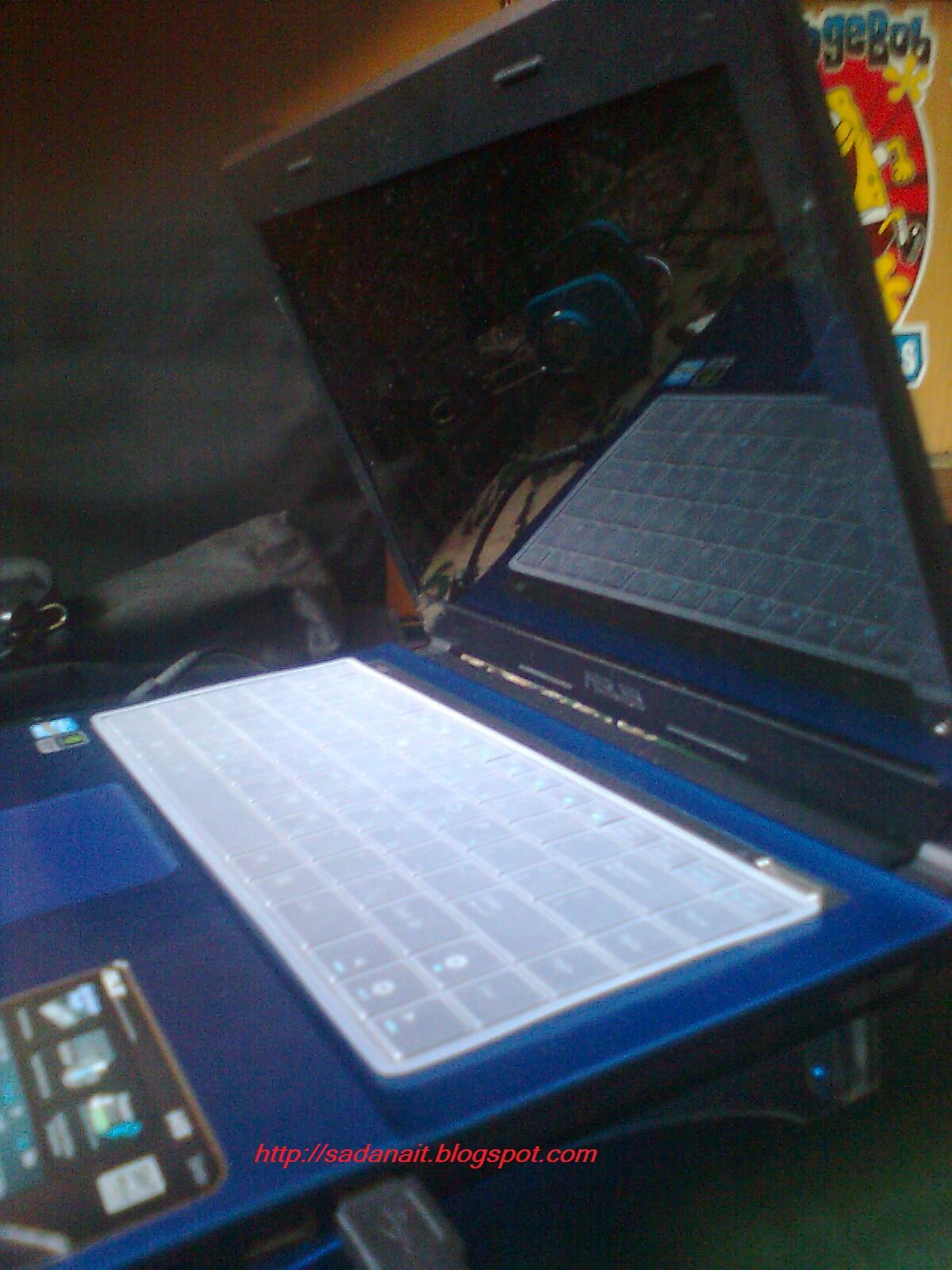 oke sobat saya akan menjelaskan bagaimana cara merawat notebook netbook agar bersih dari debu kotoran serta juga menjaga agar laptop tidak cepat rusak ala