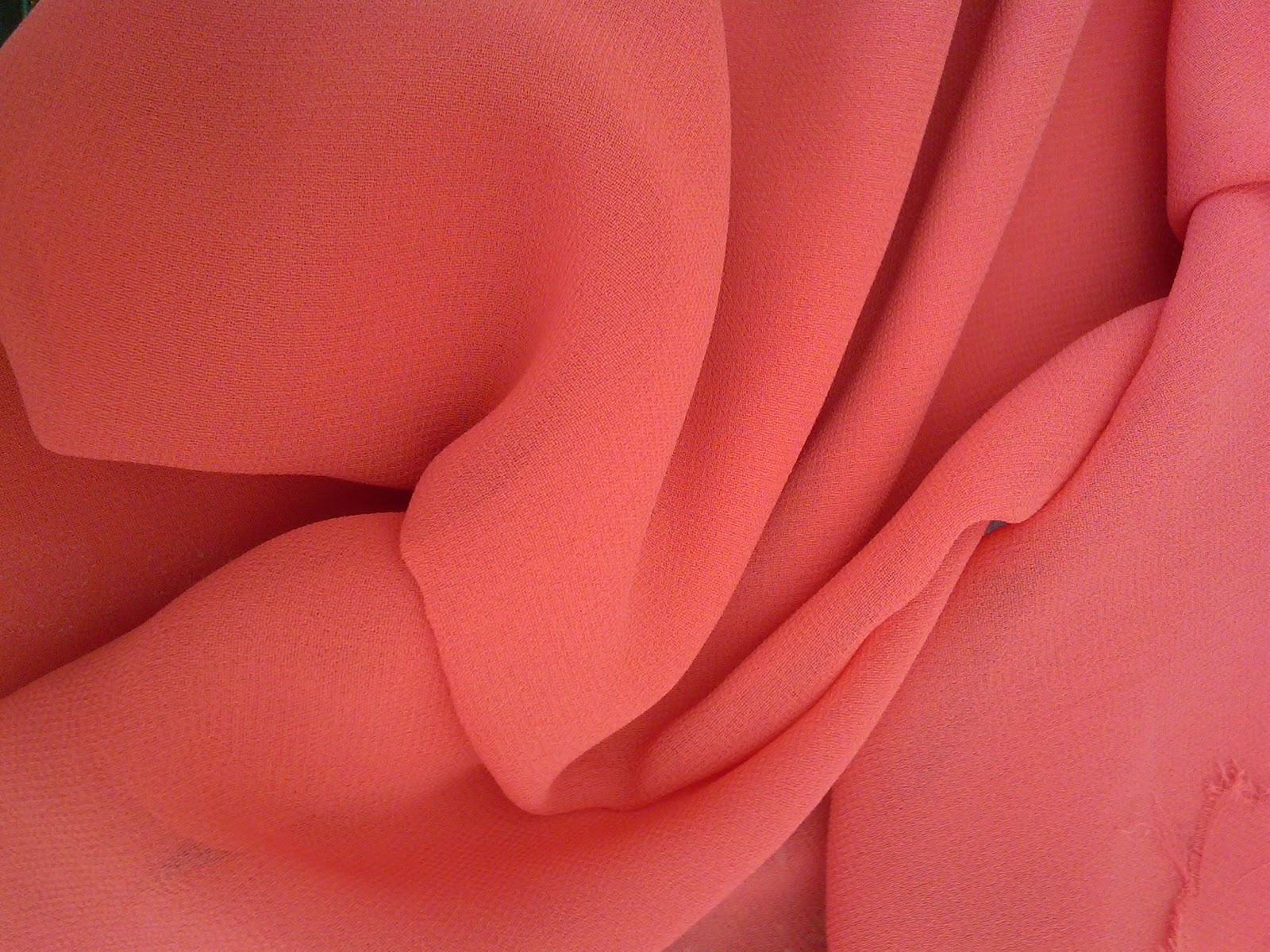 Stamparia25 tendencias exclusivas en telas roja obsesi n - Telas de tapicerias para sofas ...