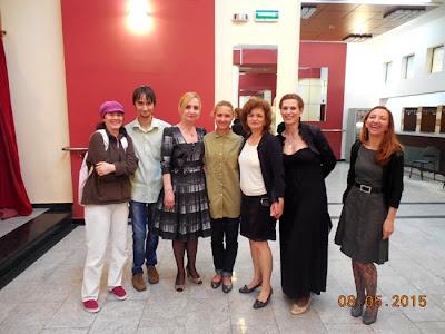 poza de grup cu bloggerii