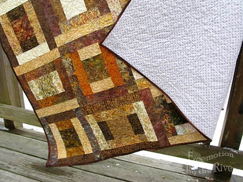 Brown batik quilt at Freemotion by the River