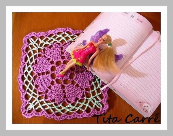Toalhinha Coração em crochet e o amor dos animais