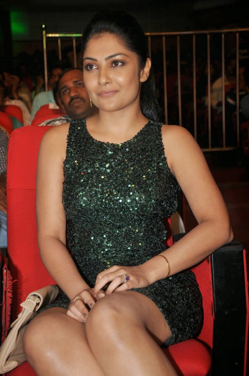 Kamalini Mukerjee latest glam pics-HQ-Photo-15