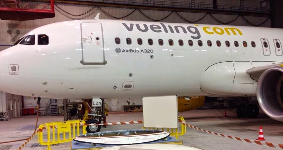 légiközlekedés, Spanyolország, Airbus A320, utasszállító repülőgép, Vueling