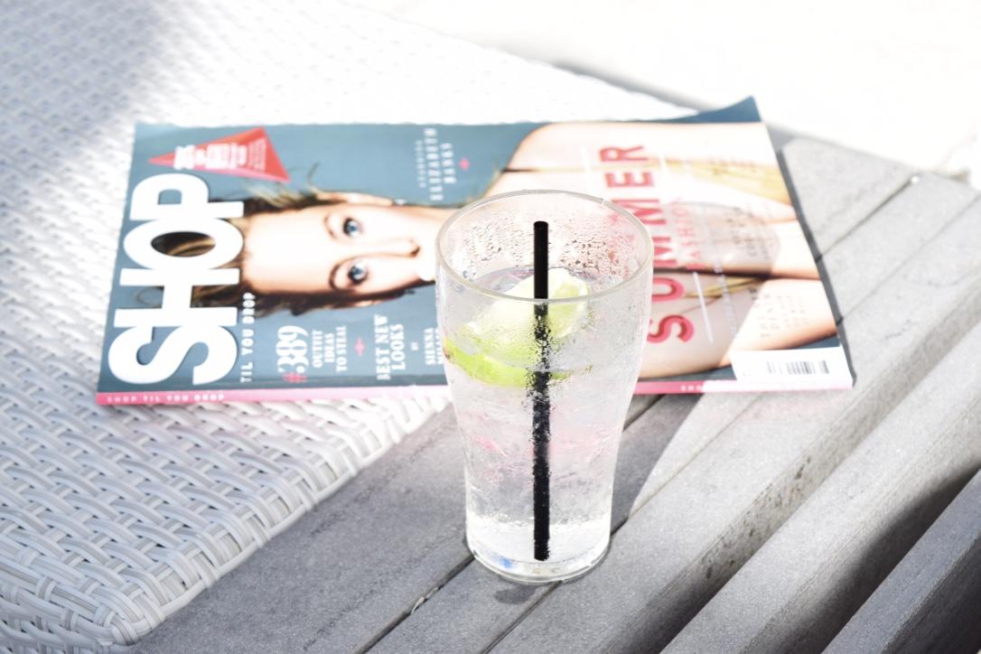 Gin and Tonic, Magazine