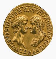 La relación entre Nerón y su madre Agripina fue muy controvertida. Al final, Nerón acabaría ordenando su muerte. En la imagen, Nerón y Agripina. Anverso de un áureo. 54 d.C. Museo Británico, Londres.