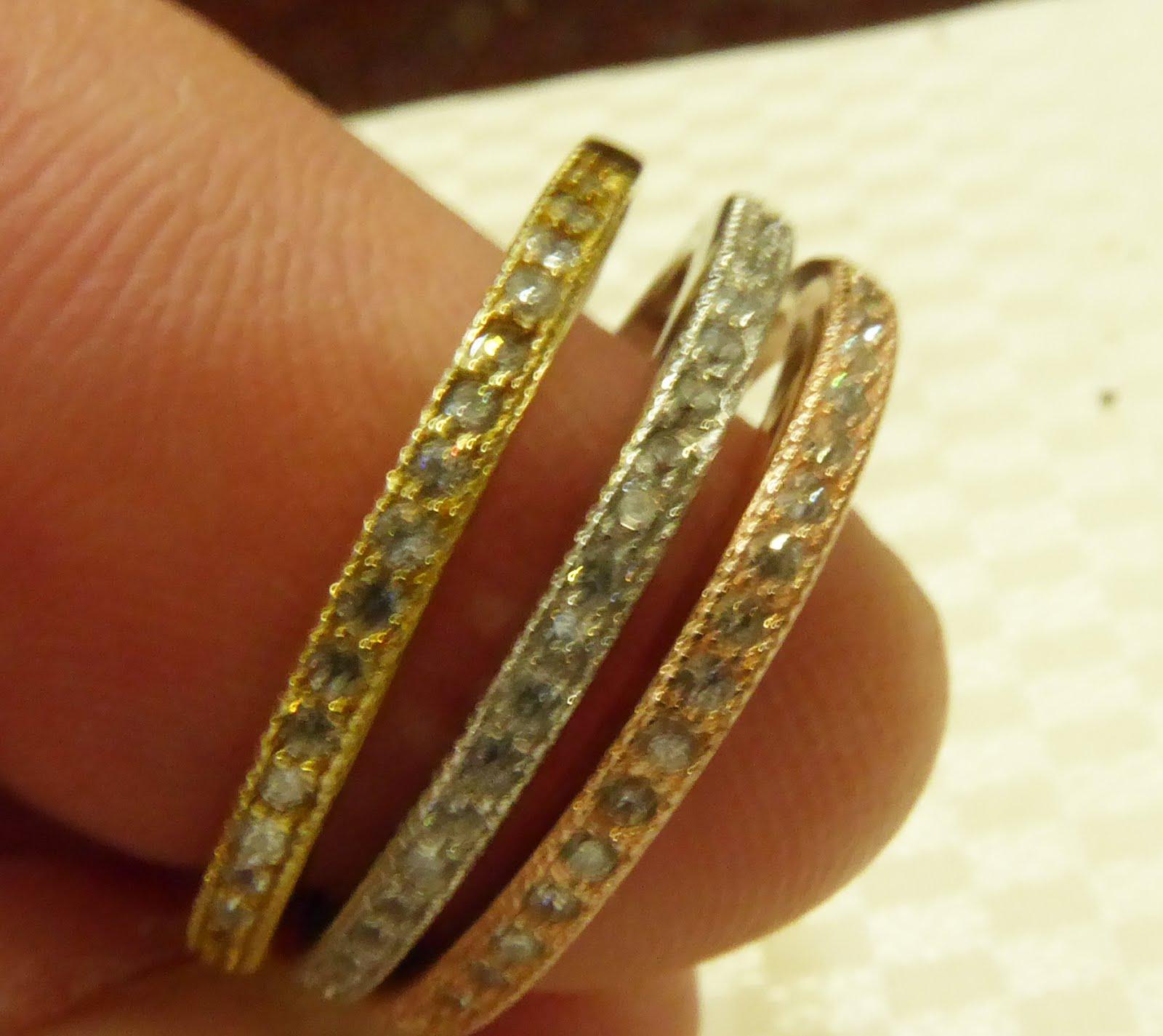 Tres sortijas plata dorada, blanca y rosa