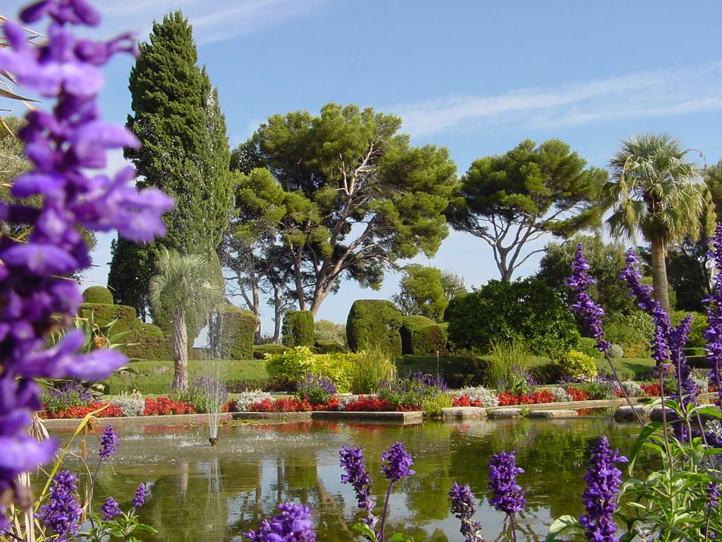 potageons partageons papotons voyager et d couvrir de beaux jardins avec larry hodgson. Black Bedroom Furniture Sets. Home Design Ideas