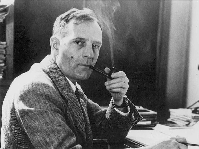 Edwin Powell Hubble (1889 - 1953)