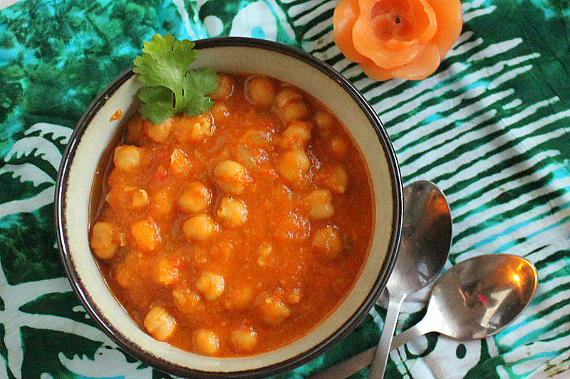 Chana Masala/Chole (Chickpea Curry) and Chana Masala Spice blend ...