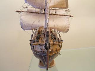 maqueta del bergantín pirata Corsair escala 1/80