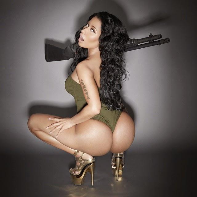 Ese culo de Nicki Minaj mata