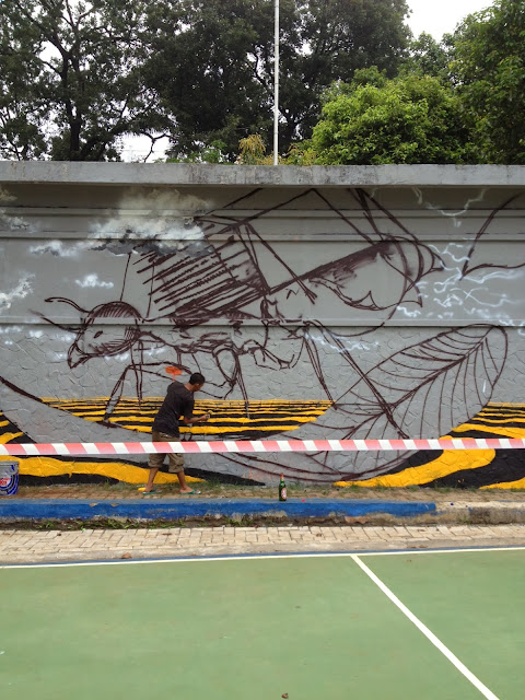 Street Art By Australian Artist Fintan Magee For The Jakarta Biennale 2013 in Indonesia. 2
