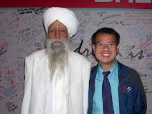 Fauja Singh 100 Years Old & Marathoner! October 2011